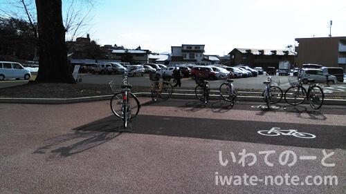 高松の池の駐車場